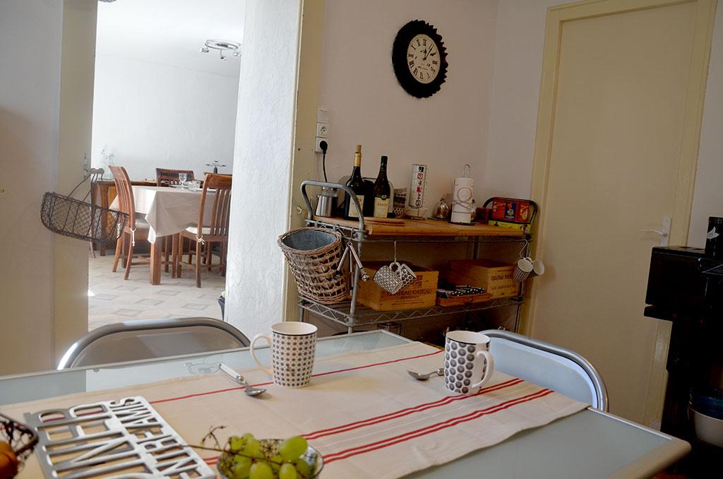 http://location-salins.fr/wp-content/uploads/cuisine2-location-vacances-salins.jpg